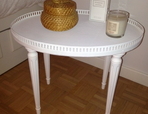"Antique Side Table Candidate for an Extensive ""Modernization"""